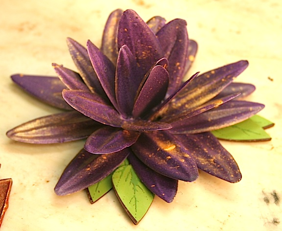 Chocolate flower with cocoa butter by Robin Art Chocolate