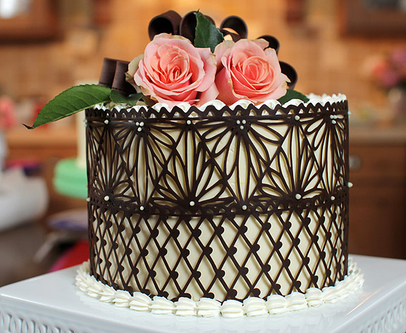 Cake Decorating Chocolate Piping : Make A Chocolate Lace Cake Decoration. Fit For A Queen.